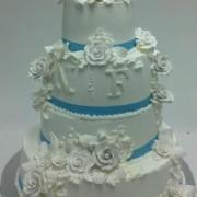 Elegant White Rose Bouquets